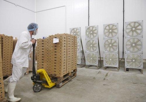 métier logisticien fromagerie